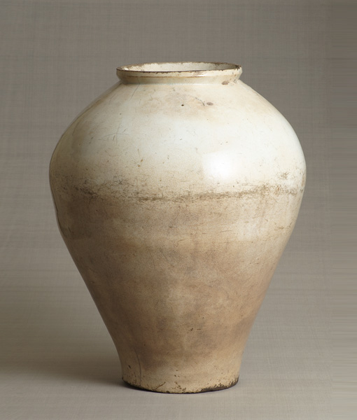 White porcelain pot Kin Sato kiln Joseon Dynasty [Korean Peninsula] Late 17th century - early 18th century