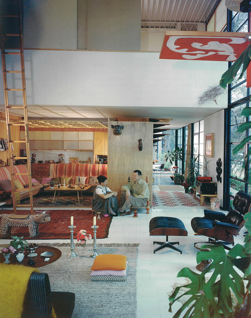 Case-Study-House#8-Eames-home-Julius-Shulman