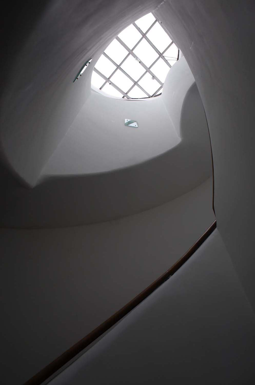 アンスティチュフランセ東京階段内部