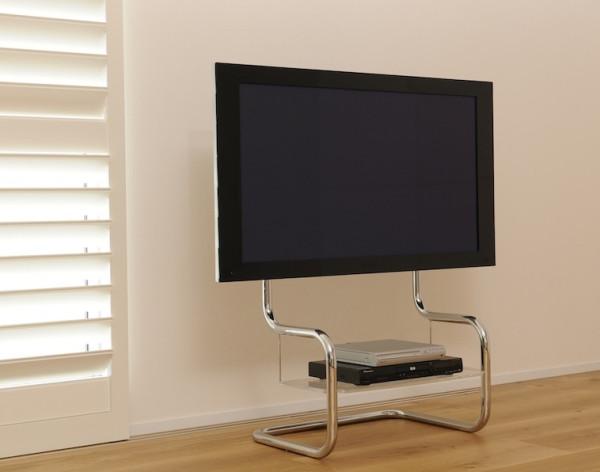 壁寄せテレビ台-シンプルなデザイン