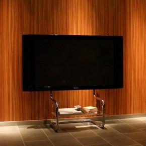シンプル テレビスタンド FSMでのテレビ設置例 すっきりシンプルなテレビスタンドで、モダンでシンプルなインテリアに