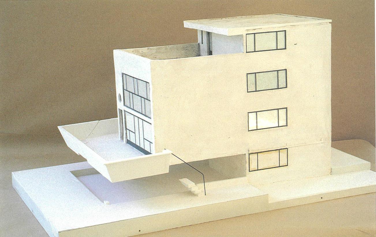 Maison Citrohan 住宅と車 メゾン シトロエン コルビジェ